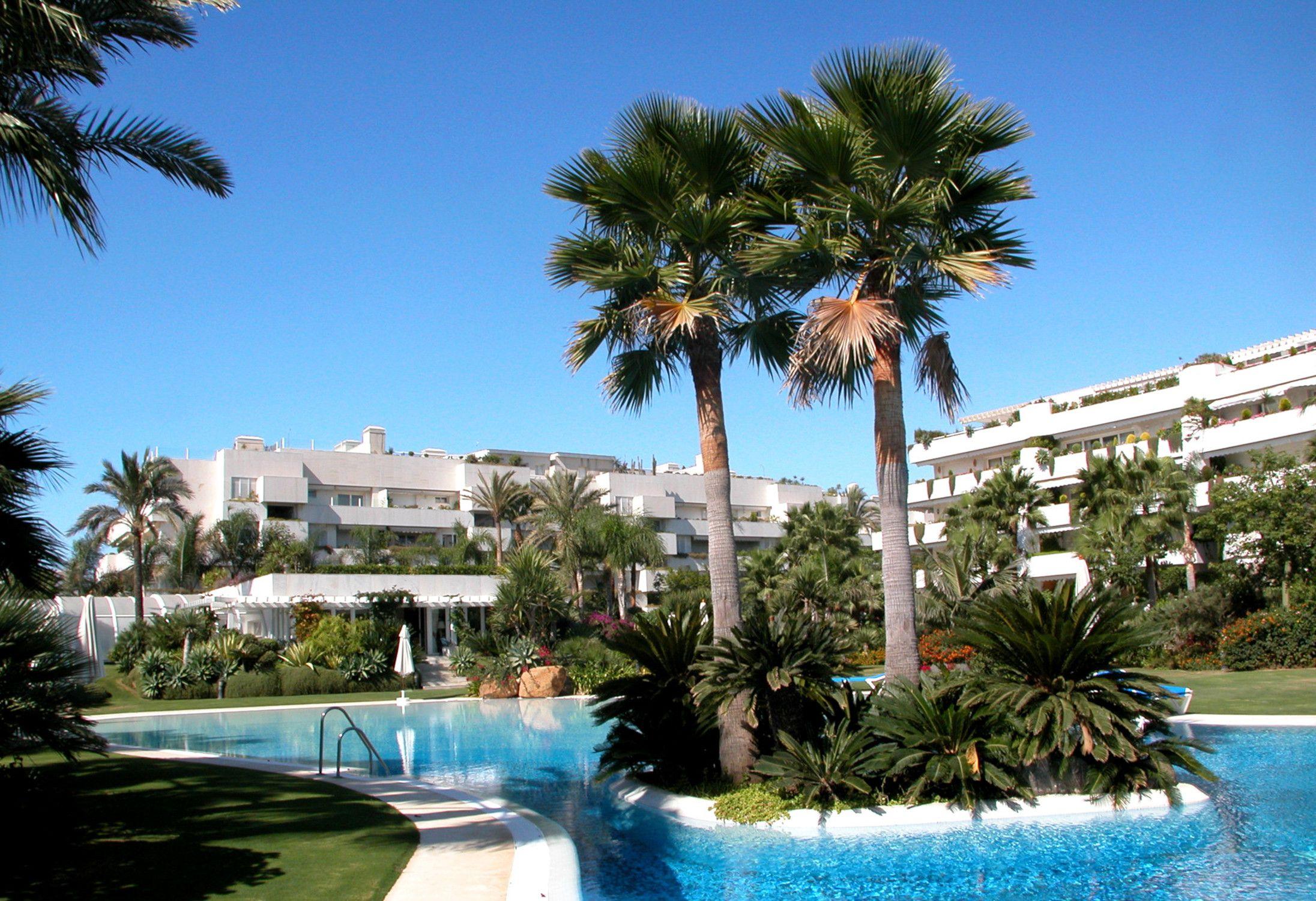 Urbanizacion Los Granados Banus en Puerto Banus Marbella Malaga
